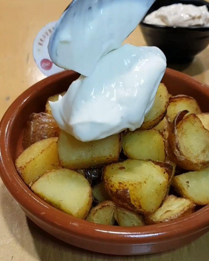 La Fari mola Tu Guía de Bravas Barcelona Restaurantes