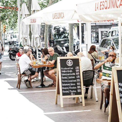 la esquinica Tu Guía de Patatas Bravas Barcelona Restaurantes