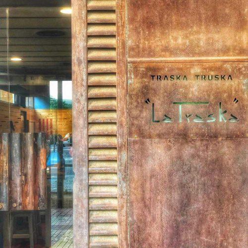traska-truska-Tu-Guía-de-Bravas-Barcelona-Restaurantes