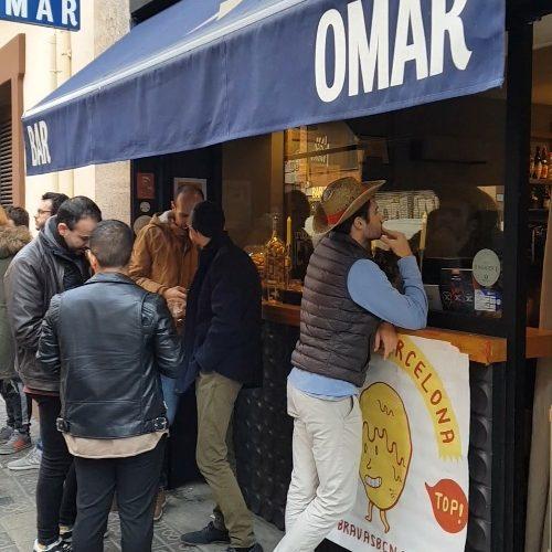 bar omar bravaratas patatas bravas barcelona restaurantes alioli salsas