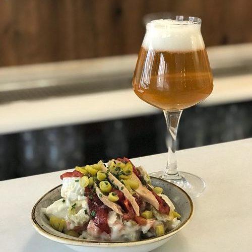 el tap cerveza brewery patatas bravas barcelona restaurantes alioli salsas