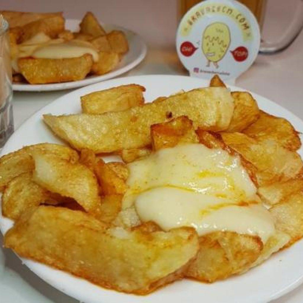 tomas de sarria la vanguardia patatas bravas barcelona
